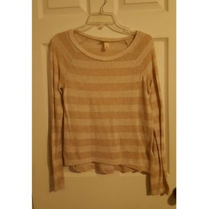 Gold/cream striped top
